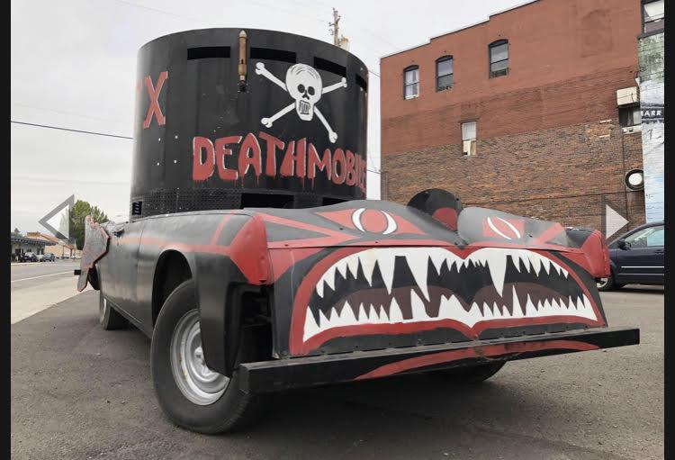 deathmobile.jpg.2d715bed001589095172da7ce84737b3.jpg